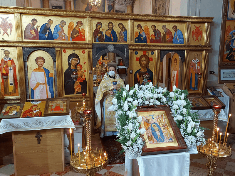 Крещение в православном храме
